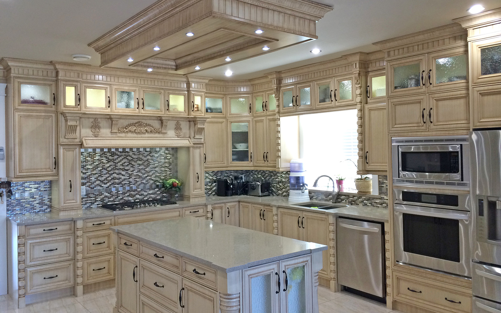 Calgary custom kitchen cabinets ltd countertops for Latest kitchen cabinets