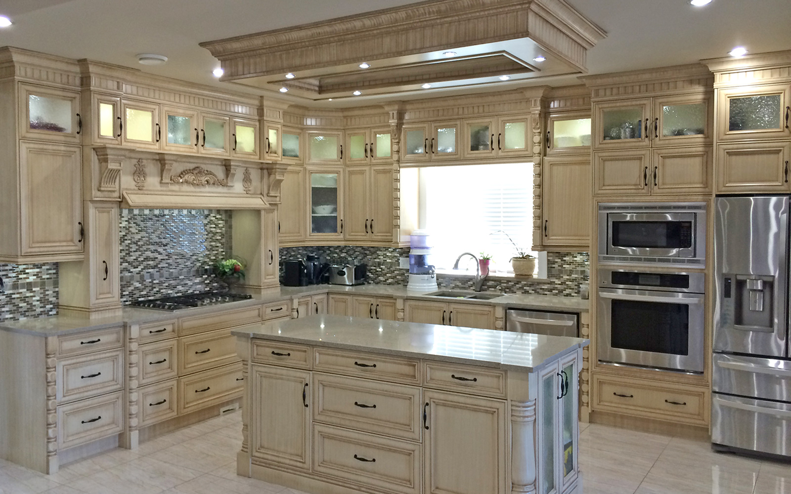 Calgary custom kitchen cabinets ltd kitchen cabinets for Kitchen kitchen